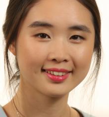 Yushi Huang Headshot
